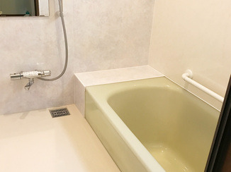 バスルームリフォーム ユニットバスでなくてもお手入れがラクに、暖かくなったバスルーム